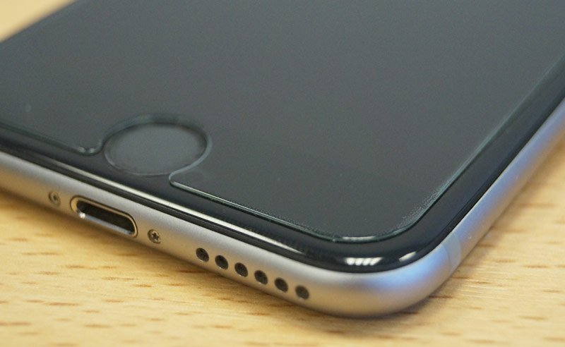 Замена защитного стекла на смартфоне