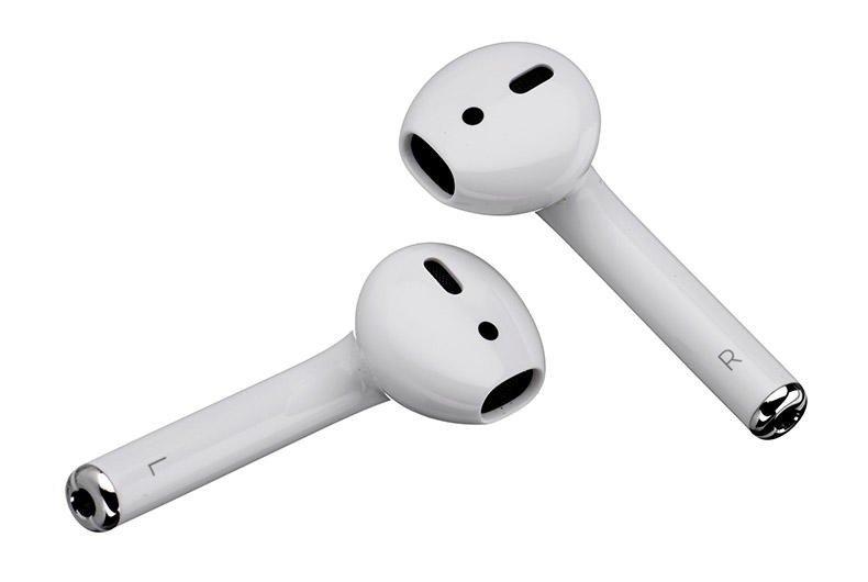 Apple собирается выпустить новые наушники AirPods 2