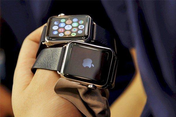 Самые дорогие модели Apple Watch раскупили в течение часа с открытия предзаказа.