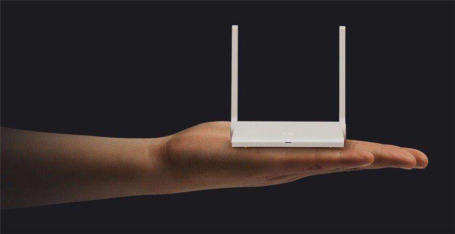 Маленький, шустрый и красивый роутер Xiaomi Mi Wi-Fi Nano в GadgetUfa