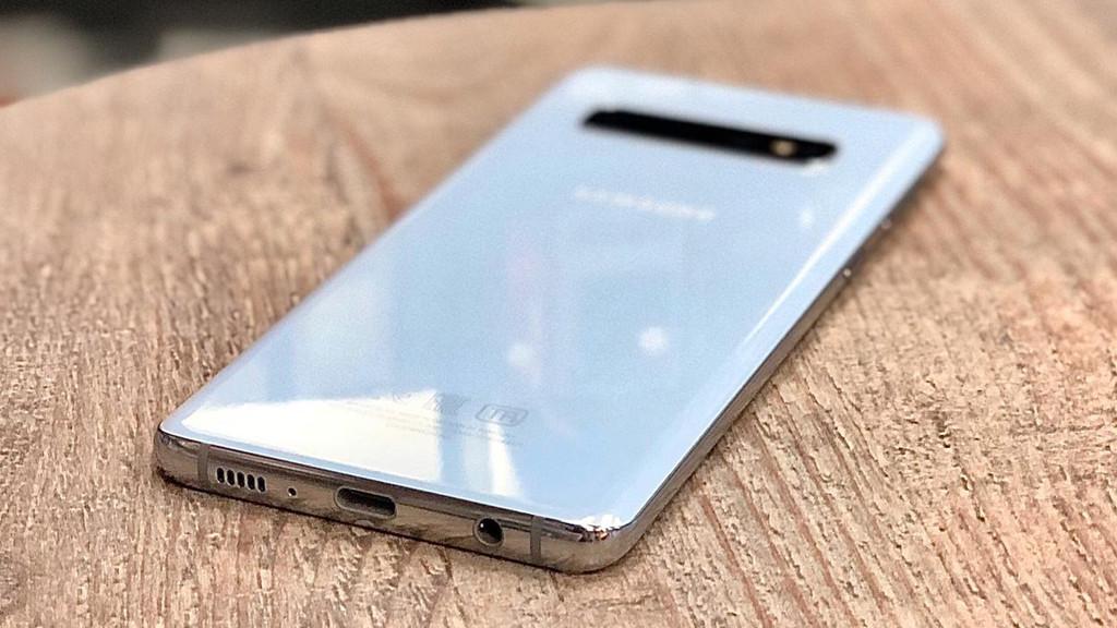Samsung Galaxy S10 купить в Гаджет Уфа